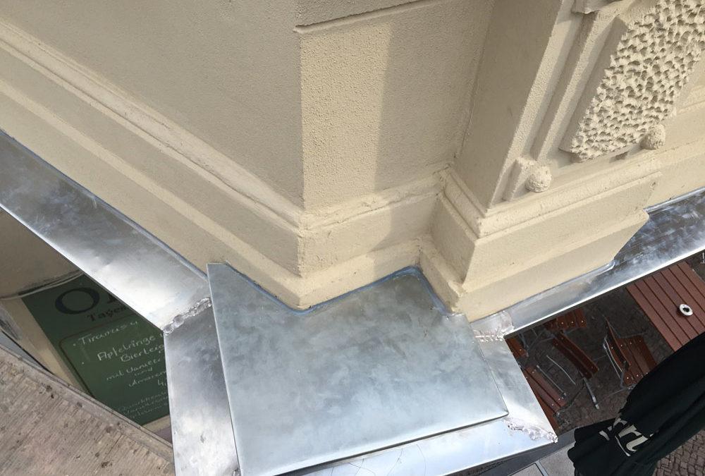 Arbeiten Fassadenverblechung – Titanzink